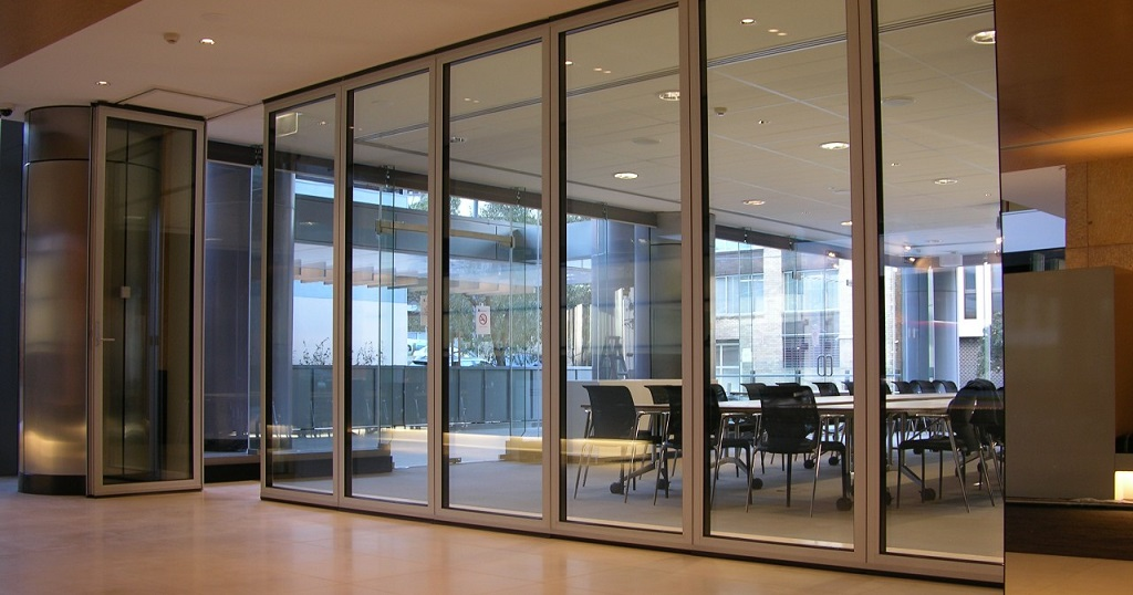 innovative aluminium and glass modern office partitions